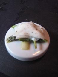 Bacchus - Textures of asparagus, confit clams, milk kappa