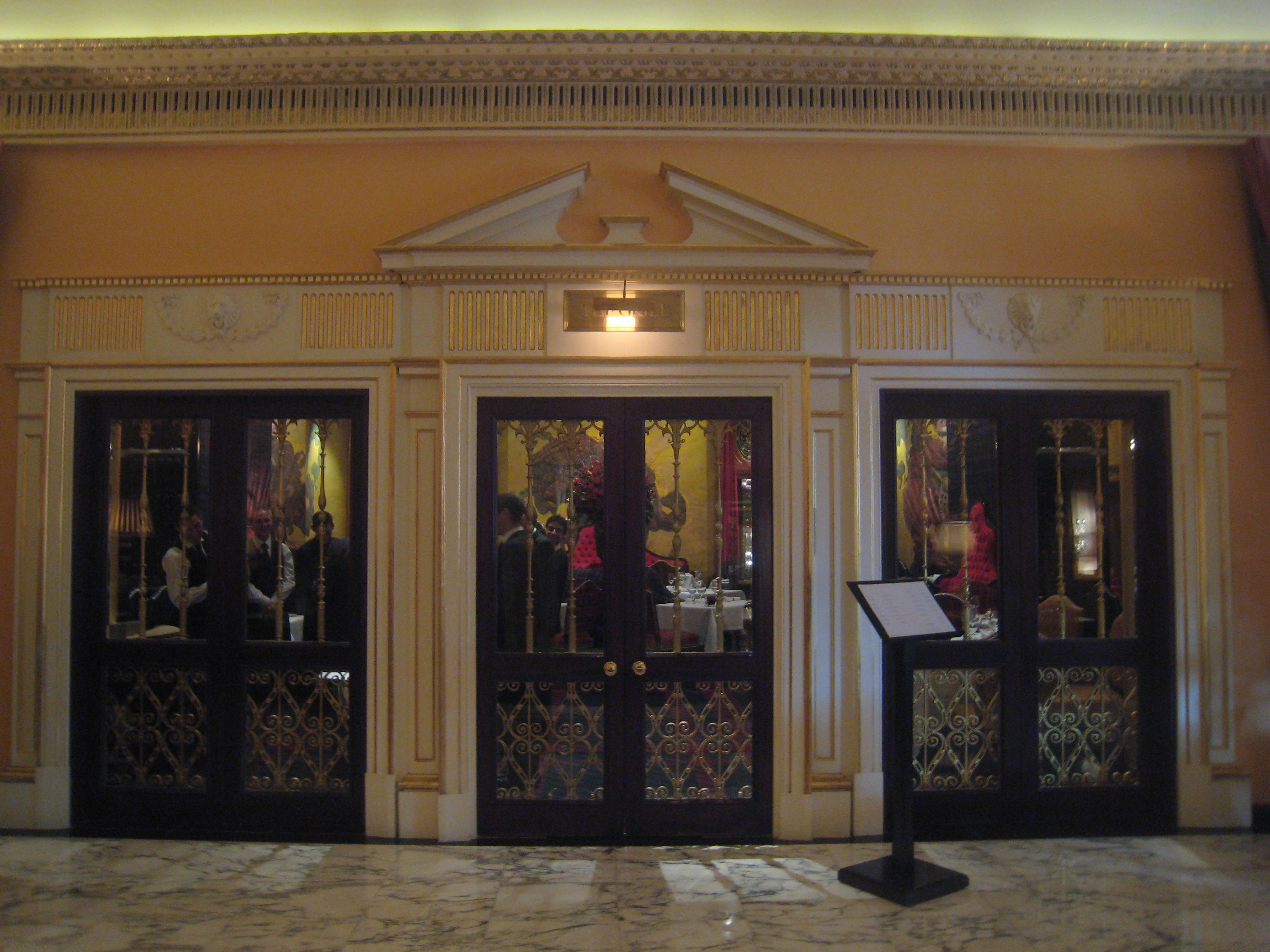 Restaurant Chateau Chalon Les  Quartiers