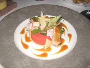 Grosses langoustines d'Ecosse en salade tiède, jus coraillé