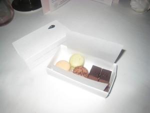 Le Cadeau - Macarons et chocolats