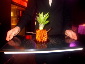 Ananas Victoria rôti entier à la Vanille Bourbon