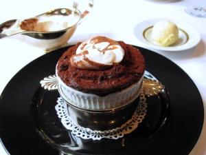 Apicius - Soufflé au Chocolat et Chantilly sans Sucre