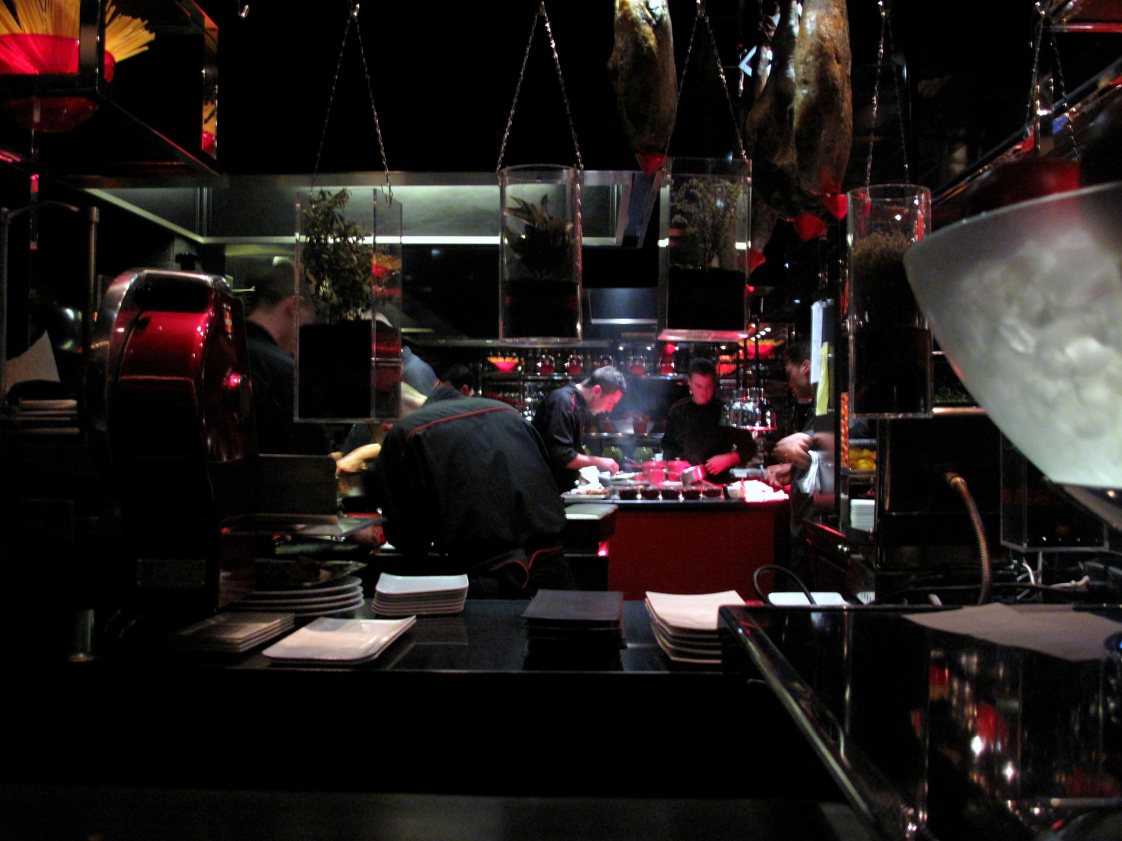 L atelier de jo l robuchon paris food snob for Atelier de cuisine paris