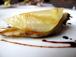 l'Arpège - Betterave en croûte de sel gris de Guérande; vinaigre balsamique