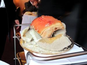 l'Arpège - Côte de porc en croûte de sel gris de Guérande