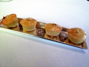 le Meurice - Migniardises: Gâteau citron glacé sucre