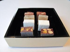 Le Pré Catelan - Petit Fours: Nougat chocolat; Guimauve; Pâte de fruit; Café chocolat; Caramel au beurre salé.