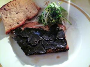 Michel Rostang - Le 'sandwich' tiède a la truffe fraîche; au pain de compagne grillé et beurre salé 2
