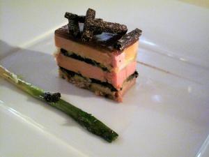 Michel Rostang - Le terrine de foie gras 'poireaux-truffes'; poireaux vinaigrette