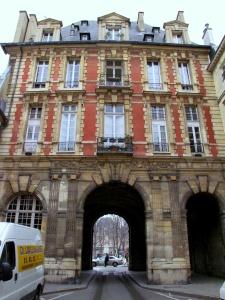 Place de Vosges 2