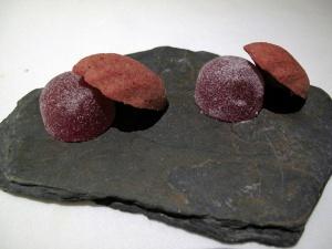"Manresa - Petit Fours - ""Strawberry-chocolate"""