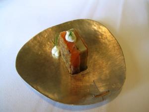 Oud Sluis - Amuse Bouche - Sandwich de saumon et gelée de la moutarde et d'aneth