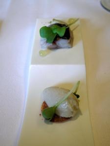 Oud Sluis - Amuse Bouche - Sardine, légèrement fumée et artichaut surgelée