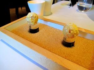 Oud Sluis -  Petit fours - Chocolat blanc et fruit de la passion
