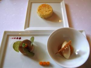 Schloss Berg - Gänseleber aus dem Elsass; Grüner pfeffer - Gelee & Knusper vom Grünen Tee - Mango