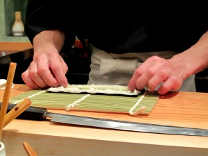 Urasawa - Hotate-toro maki - assembly