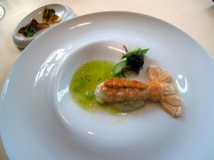 Vendôme - Langoustine; Sushi gegrillt - Tonic und Ingwer