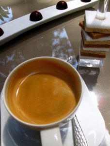 Pic - Café et migniardises - Truffe Framboise