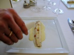 Pic - le Sole de petits bateaux; cuite lentement au beurre demi-sel; aromatisée aux baies de genièvre; poireau fondant à la bergamote - le service 2