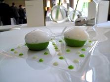 Pic - les Petits pois et le caviar d'Aquitaine; coulant de petits pois et caviar; blanc mousseux d'oignons cébettes 2