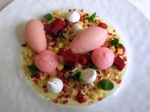 Søllerød Kro - Rabarber, hyldeblomst og vanilje 2