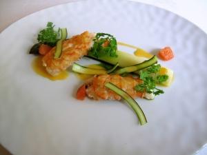 Søllerød Kro - Ristet jomfruhummer med grønne asparges og pink grape