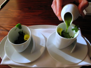 Ubuntu - NETTLE and LEMON BALM ice vegan ESCAROLE veloute, WILD SORREL - service