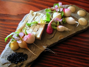 Ubuntu - REDHEAD RADISHES andante dairy's minuet layered with nori, black salt