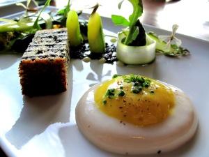 """Ubuntu - roscoe's asparagus, """"virtual"""" egg infused with saffron 2"""